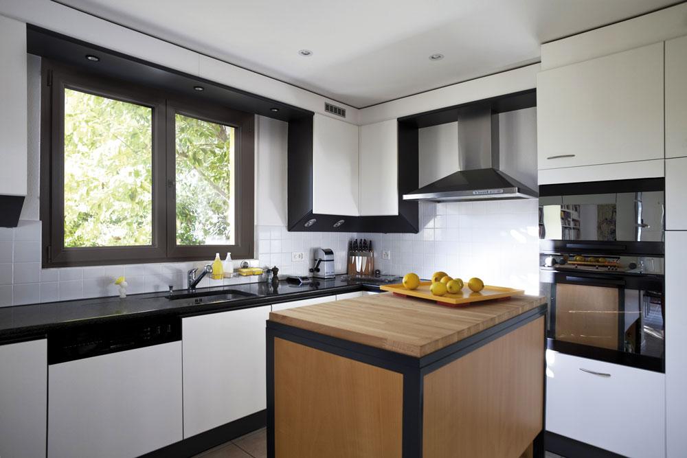 Invi srl porte finestre infissi pvc - Finestra in cucina ...
