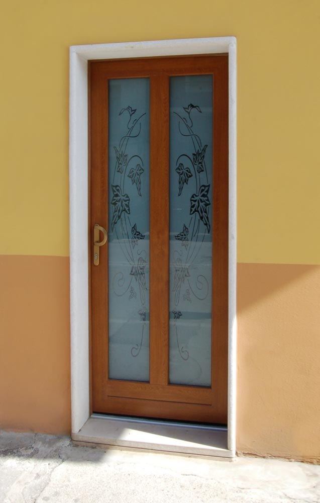 Invi srl porte finestre infissi pvc - Porta balcone pvc prezzi ...
